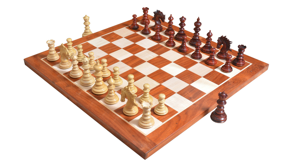 """Combo of St. Petersburg Luxury Artisan Series Chess Set & Wooden Board in Bud Rose / Box Wood - 4.2"""" King with Storage Box"""