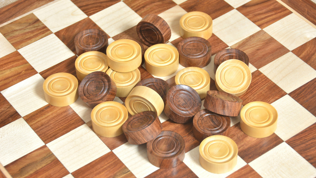 Wooden Checkers / Draught Set in Sheesham & Box wood - 35mm